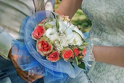 bridal-bouquet-4458145__340.jpg