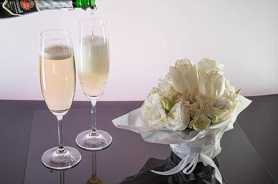 champagne-3618430__340.jpg
