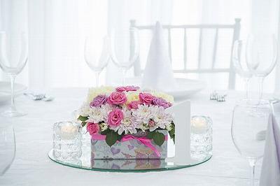 flower-arrangement-4136703__340.jpg