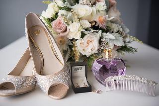wedding-2073835__340.jpg
