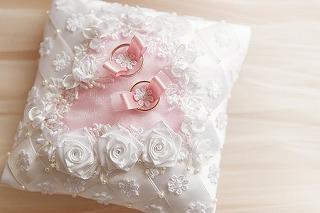 wedding-3120844__340.jpg