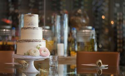 wedding-cake-3981445__340.jpg