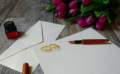 wedding-invitation-3564629__340.jpg